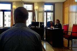 Un acusado niega el robo de 350.000 euros en las oficinas del Grupo Cursach