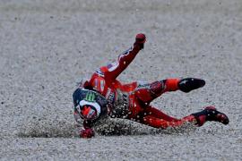 Lorenzo se cae en Australia