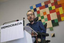 Podemos acusa a Rajoy de incendiar España y Cataluña al suspender democracia