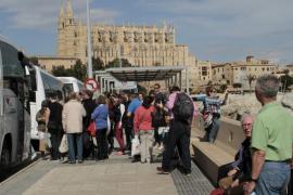 El Govern congelará el impuesto turístico durante la temporada baja