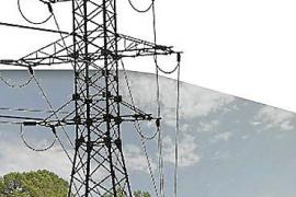Vecinos de Son Puig critican una torre de alta tensión cerca del núcleo urbano