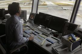 ENAIRE convoca 130 plazas de controladores aéreos