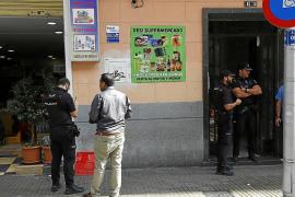 El violador de Capità Vila dejó sus huellas en una tubería de la casa de la víctima