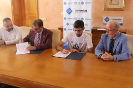 El exmallorquinista Biel Company dona 1.500 euros a la UIB para la investigación del Alzheimer