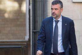 El conseller catalán de Empresa Santi Vila presenta su dimisión