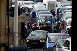 Unas 1.400 personas entran a la carrera por la frontera de Ceuta hacia Marruecos