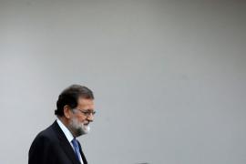 Rajoy delega en Sáenz de Santamaría la presidencia de la Generalitat