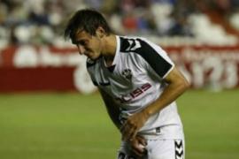 Bíttolo, jugador del Albacete, recibe diez puntos de sutura en el pene tras un pisotón de un compañero