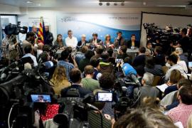 Puigdemont defiende en Bruselas que el suyo es el gobierno legítimo de Cataluña