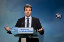 Casado: «Puigdemont no solo es ridículo, sino que es patético»