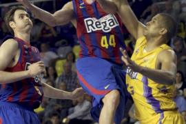 El Regal Barcelona se queda  líder en solitario al vencer al Blancos de Rueda