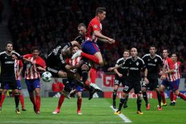 El Atlético empata ante el Qarabag y se asoma al precipicio