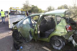 Un joven, herido muy grave al volcar el coche en el que viajaba en Porto Cristo