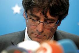 Puigdemont: «A pesar de la violencia y las amenazas seguimos trabajando»