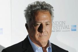 Acusan a Dustin Hoffman de haber acosado sexualmente a dos jóvenes
