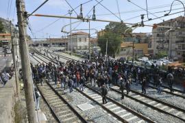 Francia reabre la entrada de trenes de Italia tras las protestas de los inmigrantes