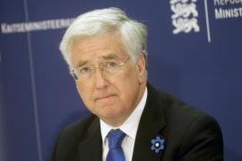 Dimite el ministro de Defensa británico tras la acusación de conducta inapropiada