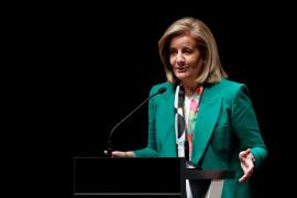 Báñez: «Se está parando la creación de empleo en Cataluña»