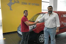 Renault Dibauto Plus entregó una Kangoo ZE a Grúas Simonet