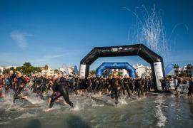 Lucy Gossage y Marco Hohlen, primeros líderes del Long Course Weekend Mallorca tras la jornada de natación