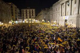 Concentraciones en toda Cataluña piden la libertad de los exconsellers encarcelados