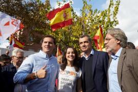 Rivera llama a votar el 21D para recuperar la libertad y acabar con la división en Cataluña