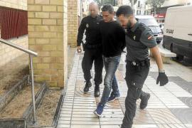 La Guardia Civil detiene a dos hombres por el robo de una caja fuerte con más de 150.000 €