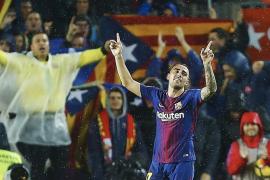 Un doblete de Alcácer salva al Barça ante el Sevilla