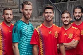 Polémica por la camiseta 'republicana' de la selección española