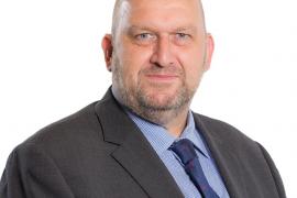 Hallan muerto a un exministro galés investigado por presunto acoso