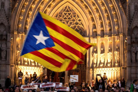 Alrededor de 25.000 personas piden en Barcelona la libertad de los «presos políticos»