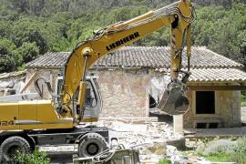 La obligación de demoler obras ilegales en suelo rústico no prescribirá nunca