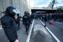 El Gobierno defiende que la actuación de los Mossos durante la huelga fue inteligente y proporcional