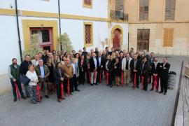 El Grup Serra celebra el Dijous Bo con los políticos y empresarios de la comarca