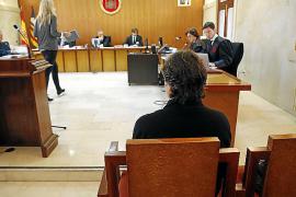 Juicio a un abogado menorquín por una presunta estafa de 464.000 euros