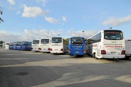El Govern bloquea los autocares alemanes contratados por la Volkswagen en Palma