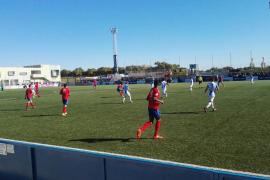 El Atlético Baleares suma un insuficiente punto ante el Saguntino