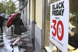 Cuatro consejos para que no te engañen al comprar en el Black Friday