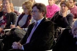 Puigdemont prepara una lista sin cargos del PDeCAT y con la marca Junts per Catalunya