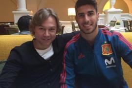 Marco Asensio y Karpin se reencuentran en Rusia