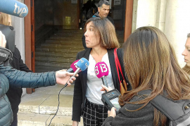 Carbonell niega tráfico de influencias en una licencia de gasolinera 'low cost'