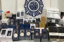Detenidas cuatro personas por robar relojes y perfumes a un mayorista de Palma
