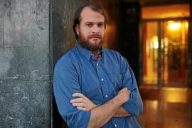 Alejandro Morellón: «Hoy en día, publicar cuentos es temerario»