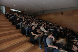 Un estudio de la UIB cuestiona el éxito de las universidades para formar a profesionales