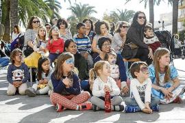 El Ayuntamiento de Santa Eulària organizó diferentes talleres durante la mañana de ayer para que los niños pudiesen celebrar el