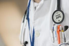 Los enfermeros denuncian que la falta de personal impide atender adecuadamente al paciente