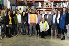 Inaugurado el primer centro de reparación para la reutilización de residuos electrónicos en la Fundació Deixalles