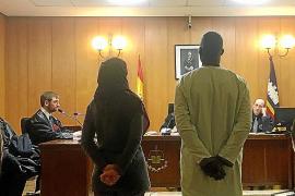 El condenado por robar un pollo y amenazar al carnicero incendió un piso en Son Gotleu