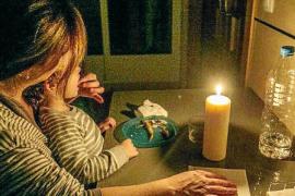 Unas 400 familias de Baleares reciben ayuda para pagar la factura de la luz