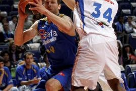 Caner-Medley, con 26 puntos, condena a un Menorca Bàsquet sin suerte